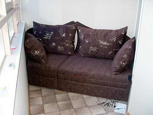 Диван-кровать мебельной фабрики в петербурге, мягкая мебель .